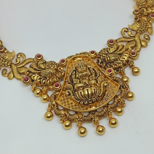 Yashwini Traditional Necklaces