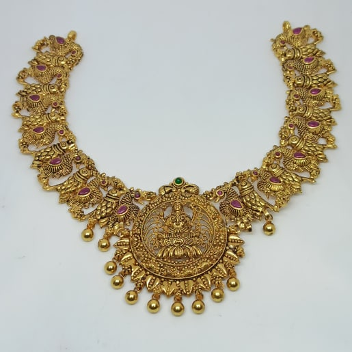 Hirni Traditional Necklaces