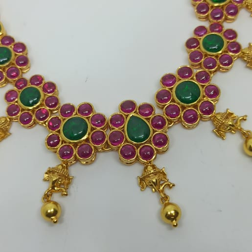 Paarina Traditional Necklace