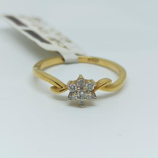 Oriant Diamond Ring