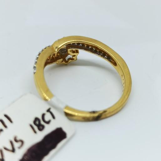 Esha Diamond Ring