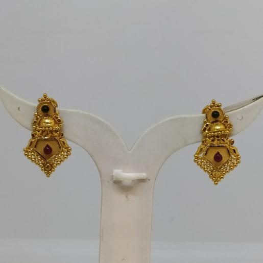 Kajjali Jhumka