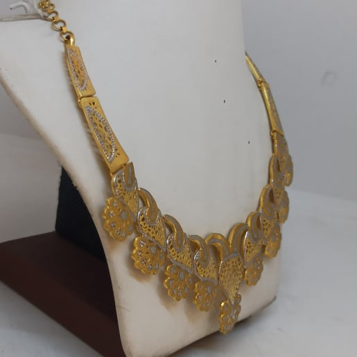 Dhara Necklace