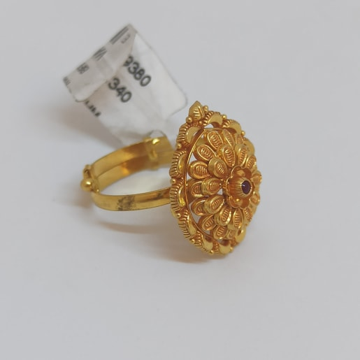 Keerti Traditional Ring