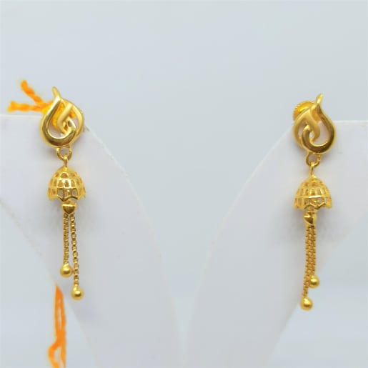 Leaf Plain Gold Drop Earrings