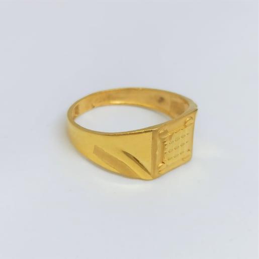 Pyramid Plain Gold Ring