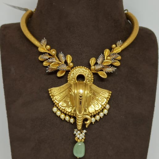 Gajanan Antique Necklace Set