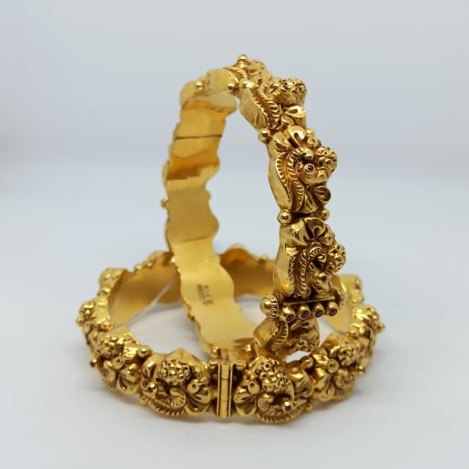 Radhika Antique Bangles