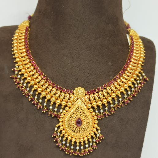 Pear Shape Traditional Necklace