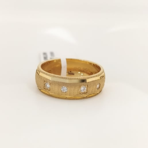 Studded Cz Gold Ring