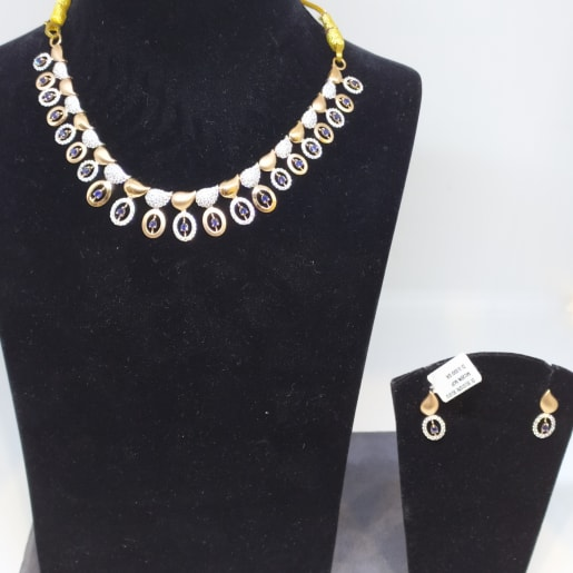 Mango Necklace Set