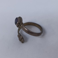 Flower And Blue Stone Toe Ring