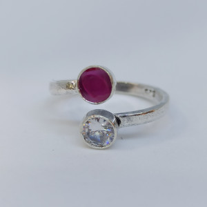 White And Pink Stone Toe Ring