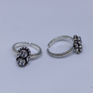 2 White Stone Toe Ring