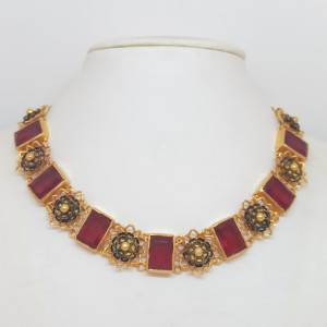 Red Stones Traditional Necklace
