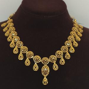 Nithya Plain Necklace