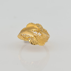Designer Gold Ring 02