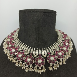 Round Shape Necklace For Her