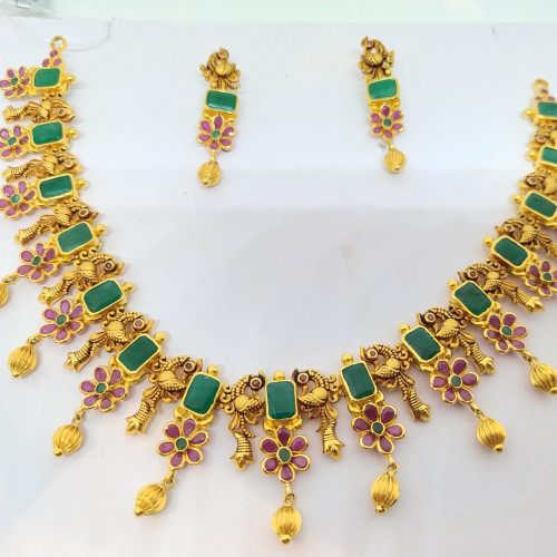 Ruby And Emerald Bal Nacklace Sets
