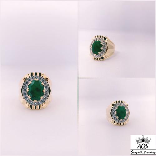 Precious Emerald Stone Ring