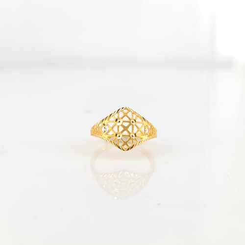Fancy Gold Ring 07