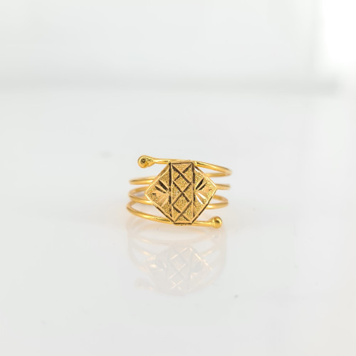 Fancy Gold Ring 09