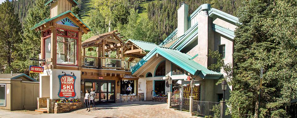 Alpine Village Suites summer exterior