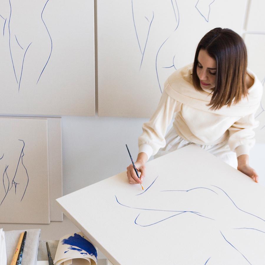 Carla Cascales Alimbau in the studio