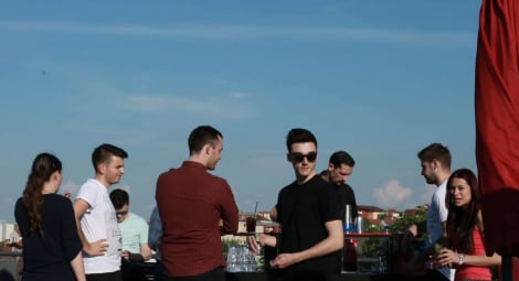 3 must-haves for a cool rooftop party – tapptitude style