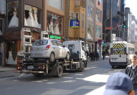 Yabancı plakalı araçların sürücülerinin şehri pek bilmemeleri fırsat biliniyor