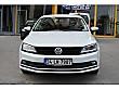 81 Bin KM - Makyajlı-TrendlinePlus-SisFarı-ÇelikJant-ParkSensör Volkswagen Jetta 1.6 TDi Trendline - 3626237