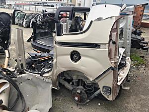 Fiat Doblo D3 Geniş aile arka ve diğer parçalar hatasız orjinal çıkma