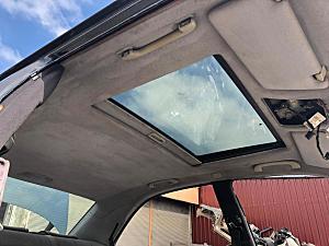 Mercedes Tavan arka ve diğer bütün parçalar hatasız orjinal çıkma