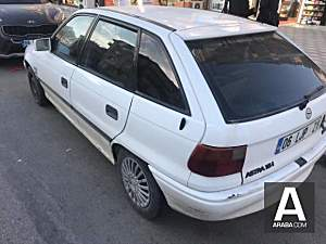 Opel Astra 1.6 GL HATCBACK
