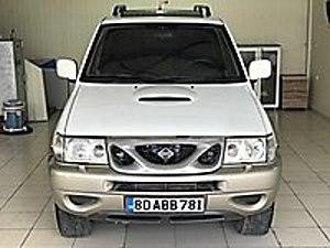 TR DE TEK BEYAZ HATASIZ KAZASIZ SANROOF 4X4 Nissan Terrano 2.7 TDI Luxury