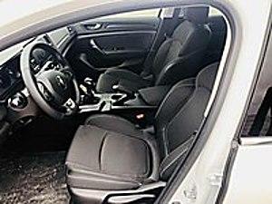 DOĞAN OTOMOTİVDEN SIFIR AYARINDA BOYASIZ TOUCH 1.000 KMDE Renault Megane 1.6 Touch