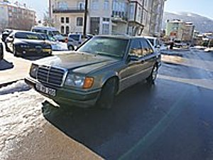 W124 HASTALARINA ÖZEL KUSURSUZ MERSO Mercedes - Benz E Serisi E 200 200
