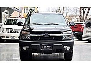 SCLASS dan 2004 CHEVROLET AVALANCHE 5.3 Chevrolet Avalanche 5.3