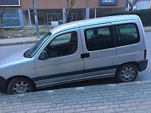 2004 model ailesi arabası
