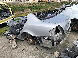 Mercedes E-W211 Tavan arka ve diğer bütün parçalar hatasız orjinal çıkma