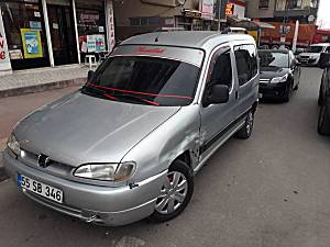Otomobil ruhsatli 1.9dizel peugout partner 1999 model