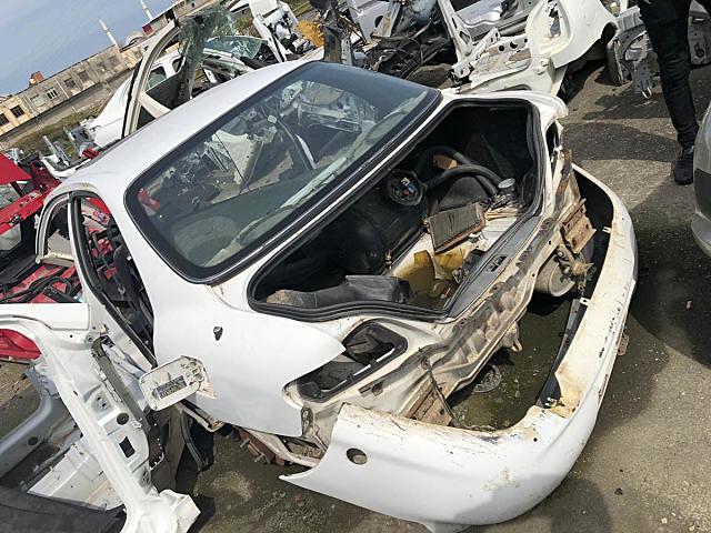 Hyundai Elentra Tavan arka ve diğer bütün parçalar hatasız orjinal çıkma