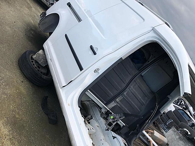 Volkswagen Caddy Tavan arka ve diğer parçalar hatasız orjinal çıkma