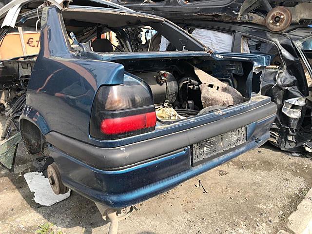 Renault 19 Tavan arka ve diğer bütün parçalar hatasız orjinal çıkma