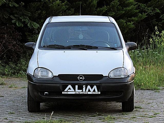 ALİM AUTO DAN 1999 KLİMALI OPEL CORSA SWİNG EMSALSİZ TEMİZLİKTE