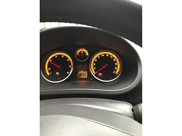 Opel corsa 2012 full paket start stop hız sabit.