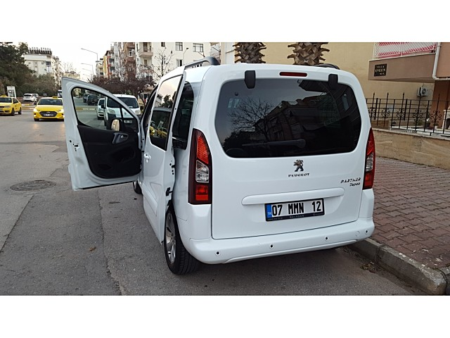 SAHİBİNDEN 2016 MODEL PEUGEOT PARTNER TEPEE ALLURE