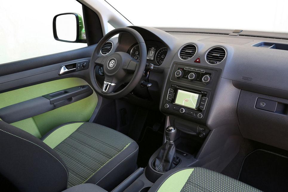 Cross Caddy kokpit, sürücü koltuğu, direksiyon, volkswagen
