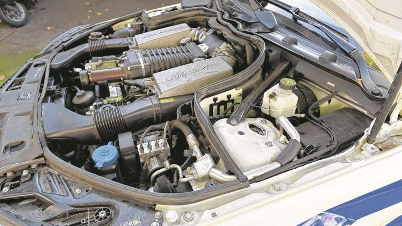 Mercedes Benz AMG Taksinin 8 silindirli güç merkezi