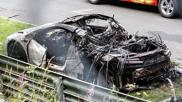 Nürburgring pistinde testi geçemeyen bir araç